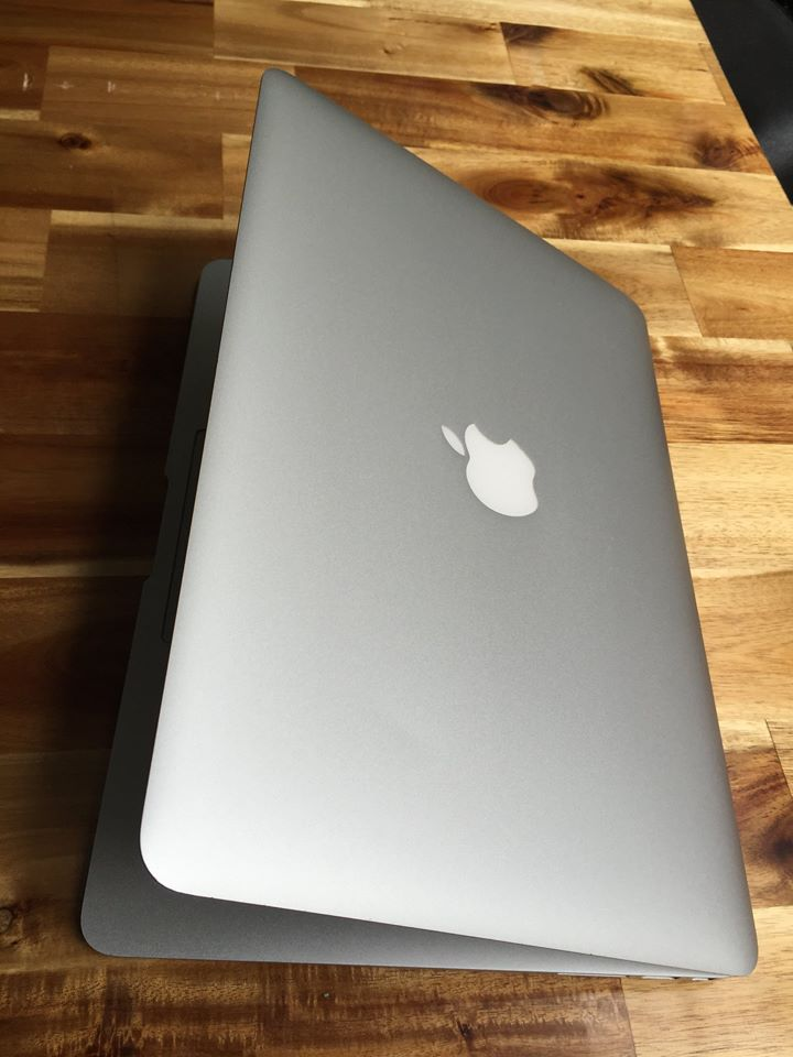 macbook air 11.6in
